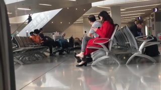 Cams4free.net – Chinese Woman Dangling at Airport