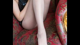 YouTube@草莓餐厅-角色扮演作品-编号48 妈妈的丝袜裸足与高跟鞋